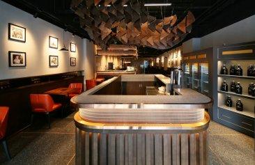 蒸汽犀牛烧烤餐厅装修设计案例